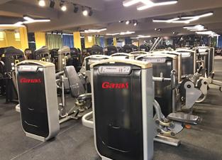 康宜-健身器材大型展厅