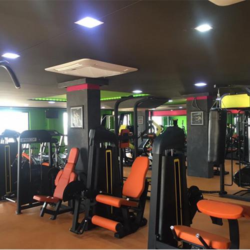 100㎡企业健身房配置方案
