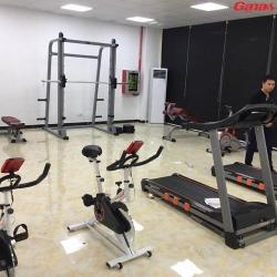 康宜商用健身器材厂家完成深圳企业健身房安装
