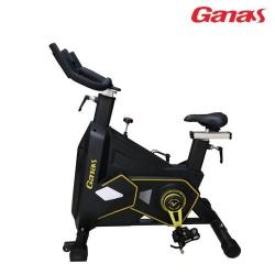 变形金刚动感单车 健身房专业静音动感单车