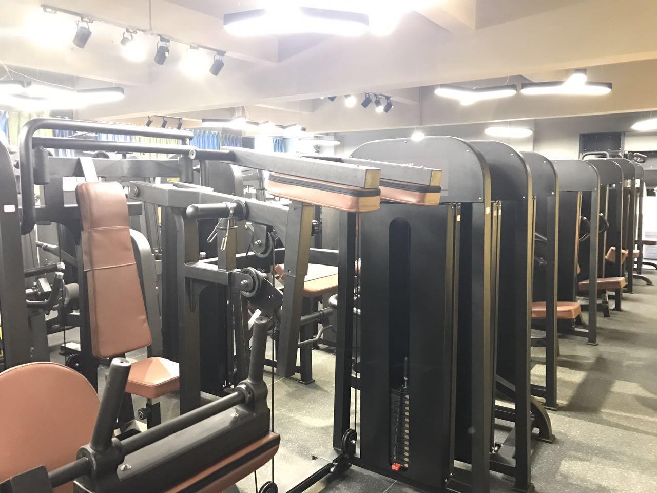 健身房器材工厂展厅
